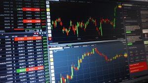 """Branchenrückblick zum Oktober 2019: Fokus-Branche """"Banken & Versicherungen"""""""