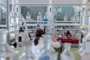 "Branchenrückblick zum Februar 2019: Fokus-Branche ""Chemie-Industrie"""