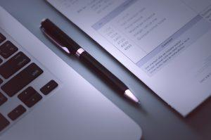 eRechnungen im Format ZUGFeRD aus dem ERP heraus versenden: Checkliste zur Umstellung aus Sicht von Experten