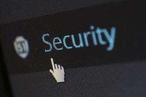 Zum Schutz vor Hackern muss die Theorie in der Praxis umgesetzt werden
