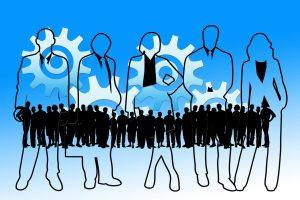 Recruiting-Strategie entwerfen statt Papierakten wälzen: Was im HR-Bereich zu kurz kommt