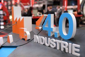 Dreisprung in die Industrie 4.0: Aufrüsten, vernetzen, individualisieren