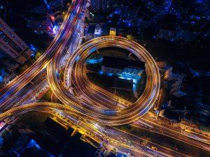 Verkehrschaos auf der Datenautobahn – Wie lassen sich Datenverkehr und Datenablage sicher und DSGVO konform gestalten?
